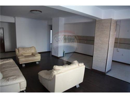 Apartament 3 camere Soseaua Nordului