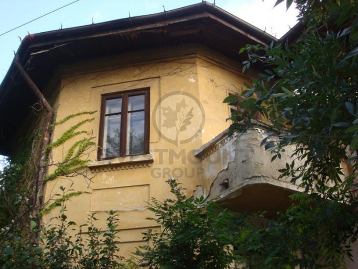 Casa / Vila 4 camere Domenii (Casin)