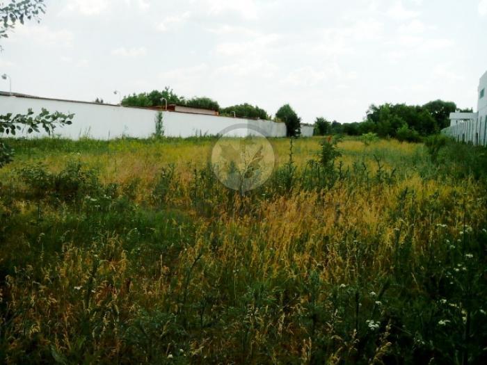 Lot teren rezidential Sisesti