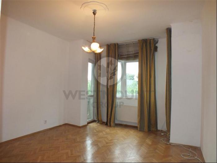 Apartament 3 camere Mantuleasa