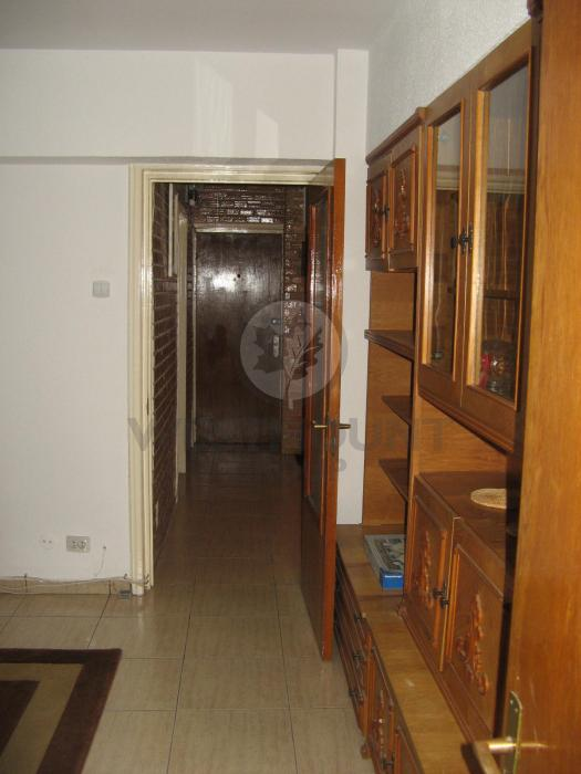 Apartament 3 camere P-ta Romana 6