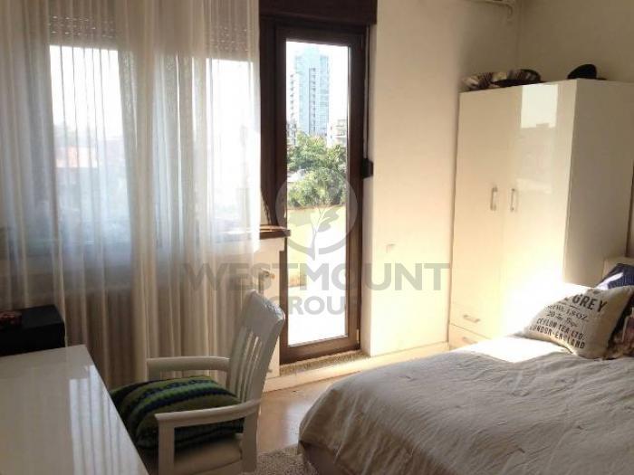 Apartament 4 camere Batistei 7