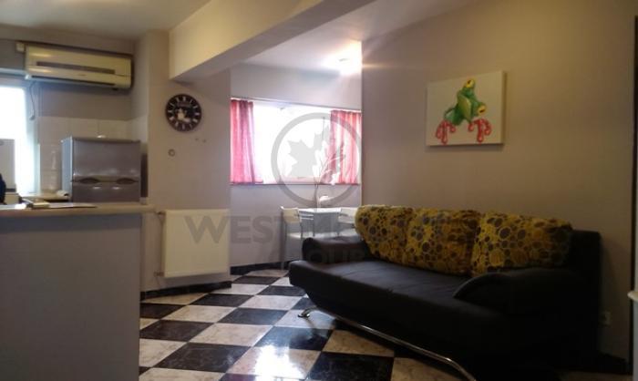 Apartament 2 camere P-ta Unirii 4