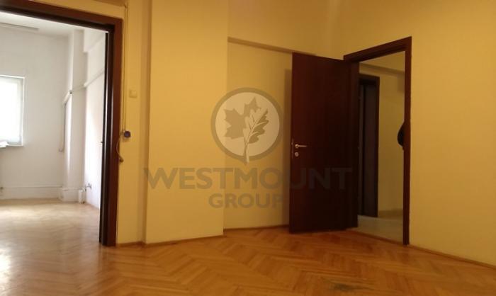 Apartament 4 camere Calea Victoriei 3