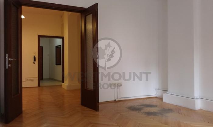 Apartament 4 camere Calea Victoriei 4