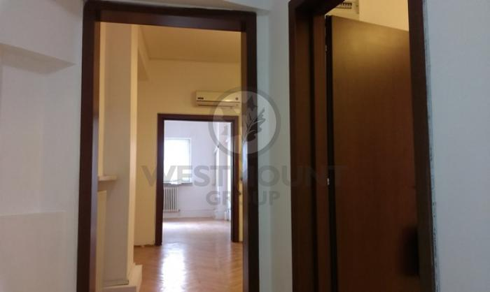 Apartament 4 camere Calea Victoriei