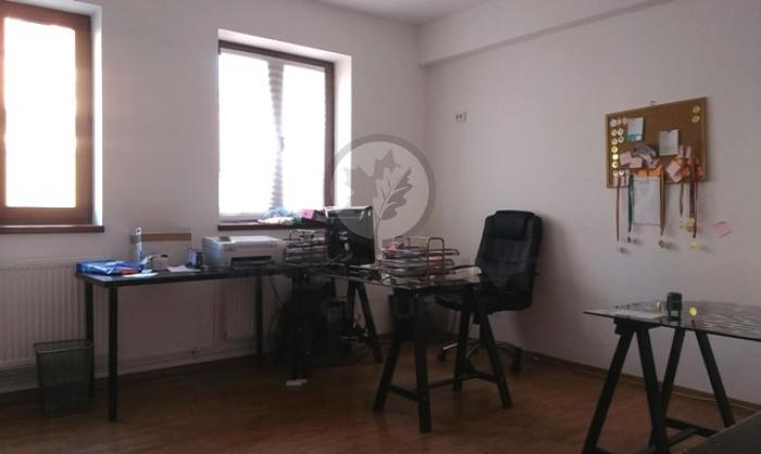 Apartament 3 camere P-ta Unirii