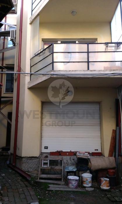 Casa / Vila 12 camere P-ta Unirii 4