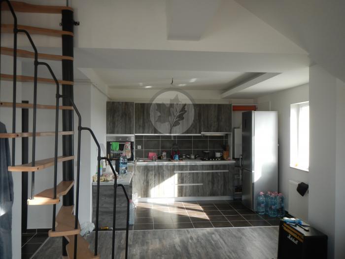 Apartament 3 camere Prelungirea Ghencea