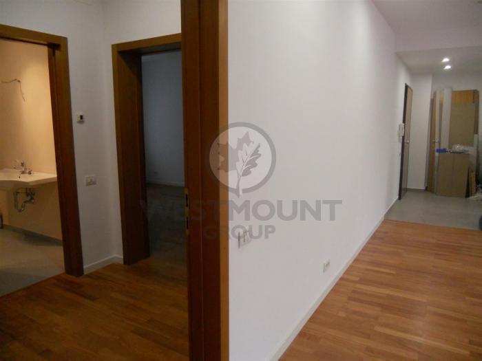 Apartament 4 camere Primaverii 23