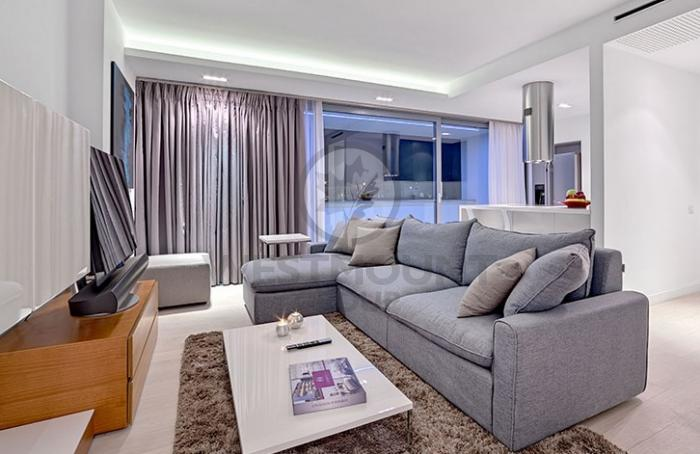Apartament 4 camere P-ta Victoriei 4