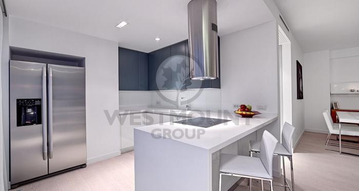 Apartament 4 camere P-ta Victoriei 7