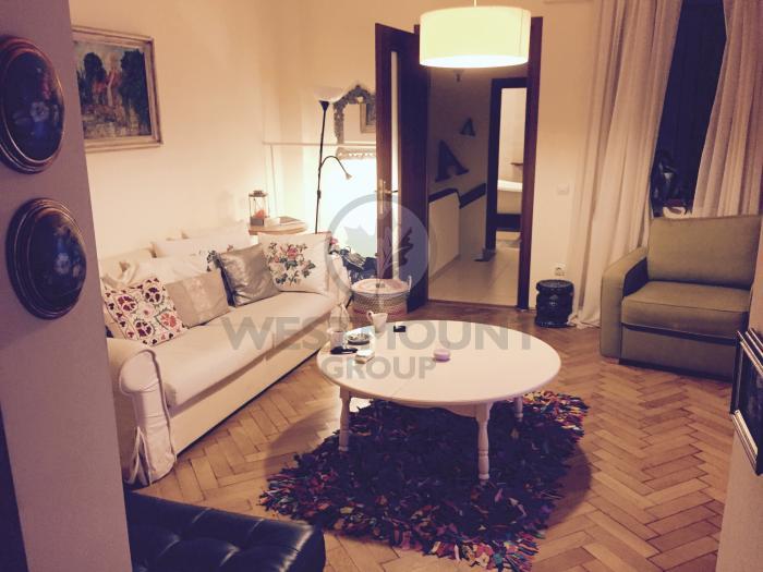 Apartament 3 camere P-ta Victoriei 4