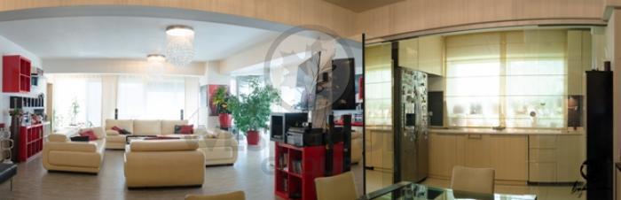 Apartament 5 camere Primaverii