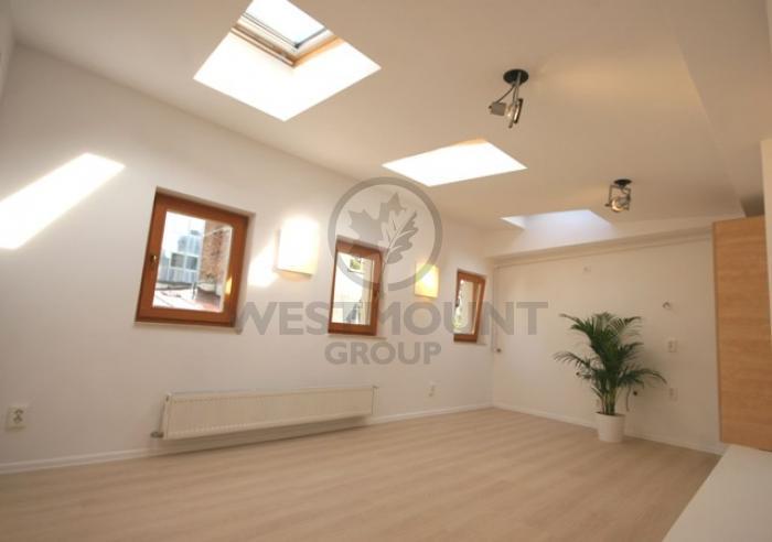 Apartament 2 camere P-ta Unirii 9