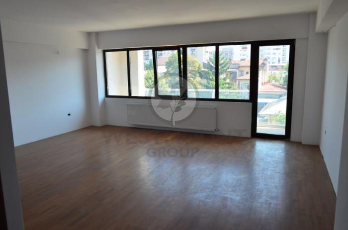 Apartament 3 camere Domenii (Casin) 6