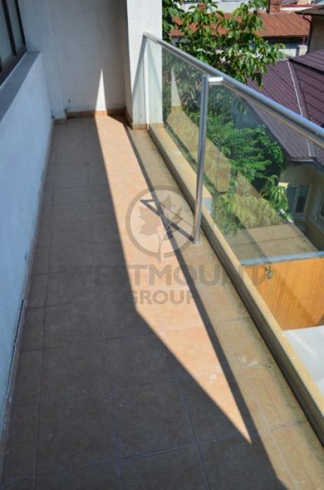Apartament 3 camere Domenii (Casin) 9