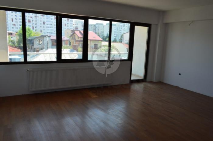 Apartament 3 camere Domenii (Casin)