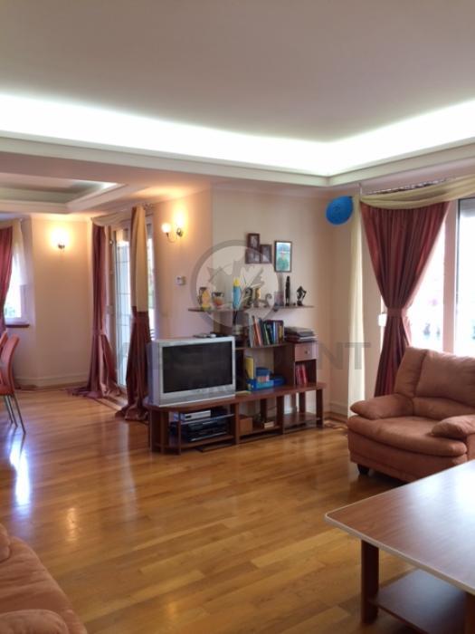 Casa / Vila 15 camere Baneasa 19