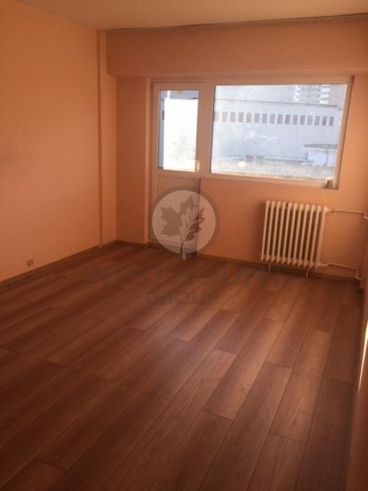 Apartament 3 camere P-ta Rosetti