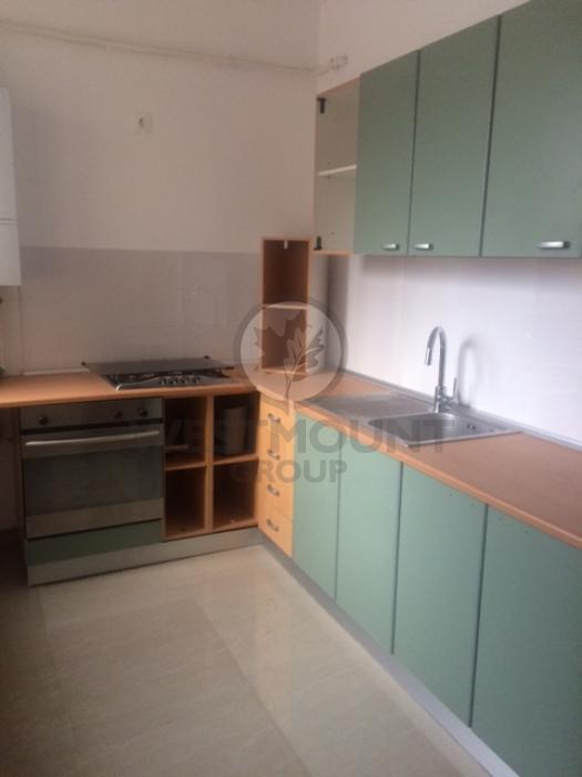 Apartament 3 camere P-ta Victoriei 5