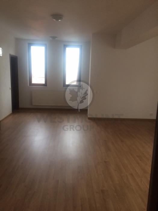 Apartament 3 camere P-ta Victoriei