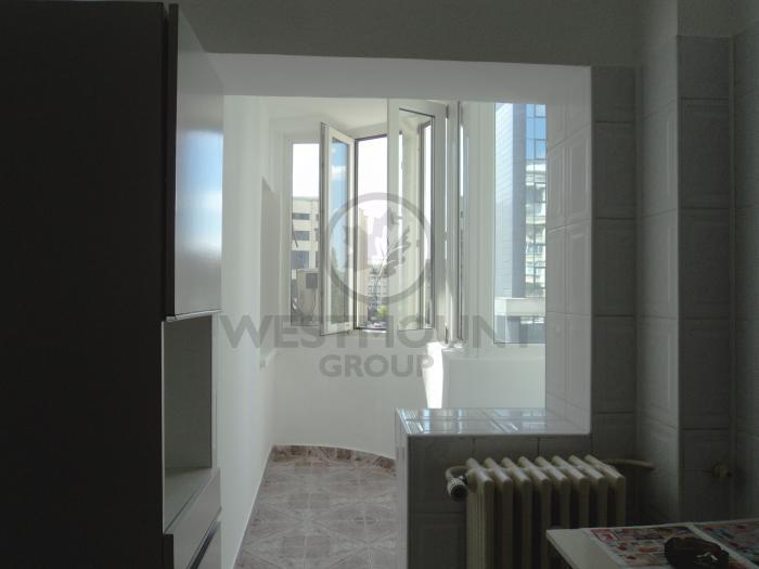 Apartament 2 camere Splaiul Unirii 7