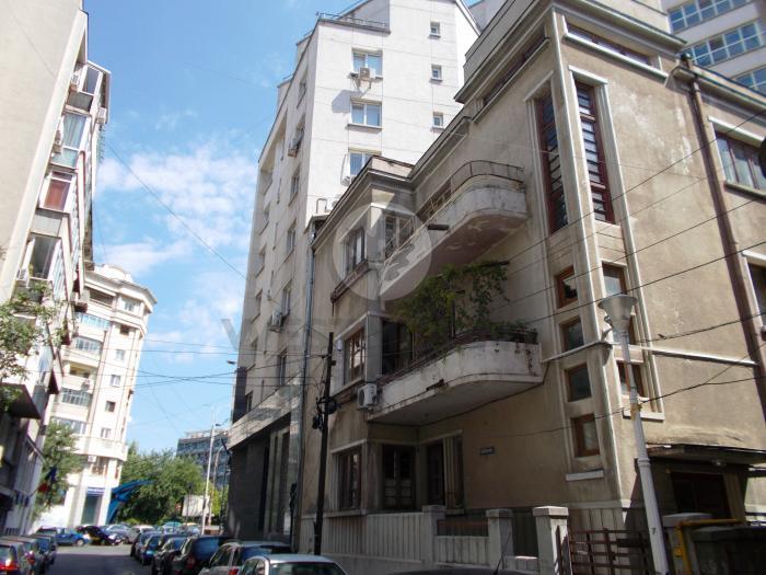 Apartament 4 camere Natiunile Unite