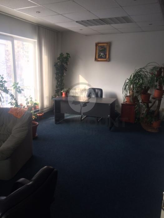 Apartament 5 camere P-ta Alba Iulia