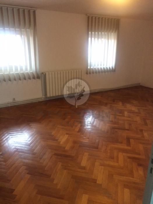 Apartament 4 camere P-ta Alba Iulia 6