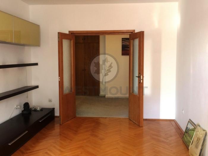 Apartament 3 camere P-ta Unirii 6