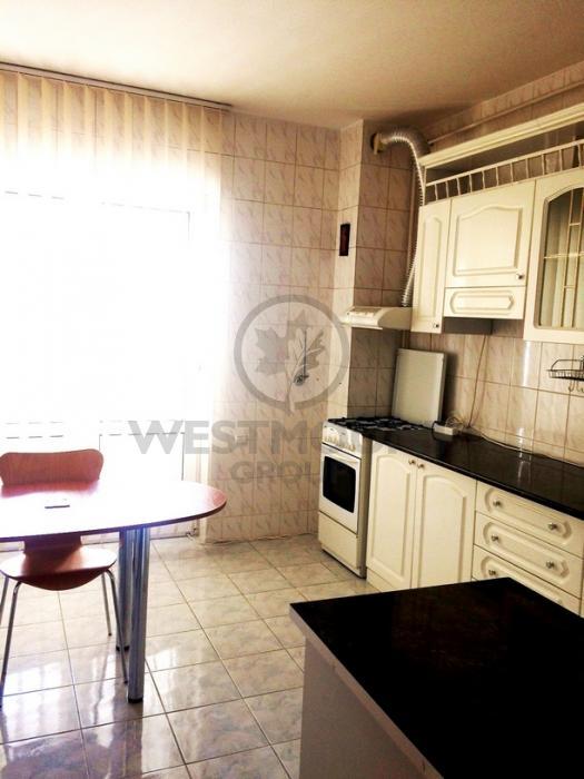 Apartament 3 camere P-ta Unirii 9