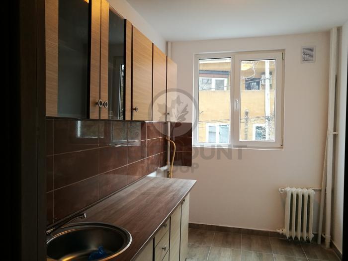 Apartament 2 camere Dristor 5