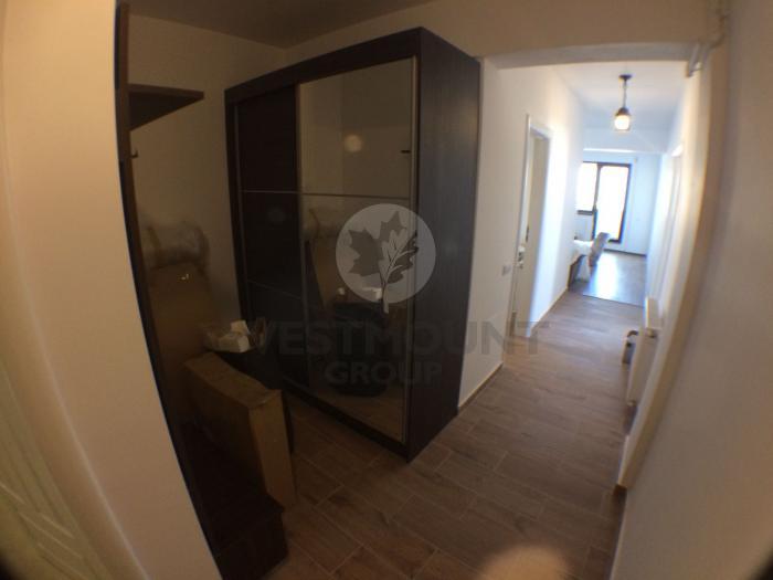 Apartament 3 camere Calea Calarasilor 10