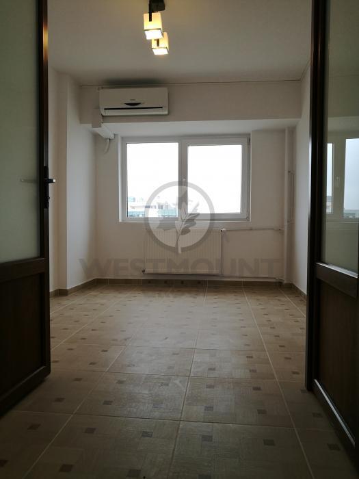 Apartament 4 camere P-ta Victoriei 6