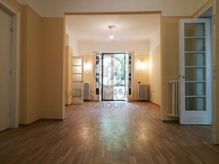 Apartament 4 camere Ferdinand (Dimitrov)
