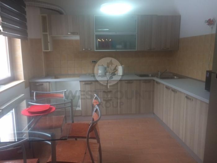 Casa / Vila 4 camere Voluntari 2